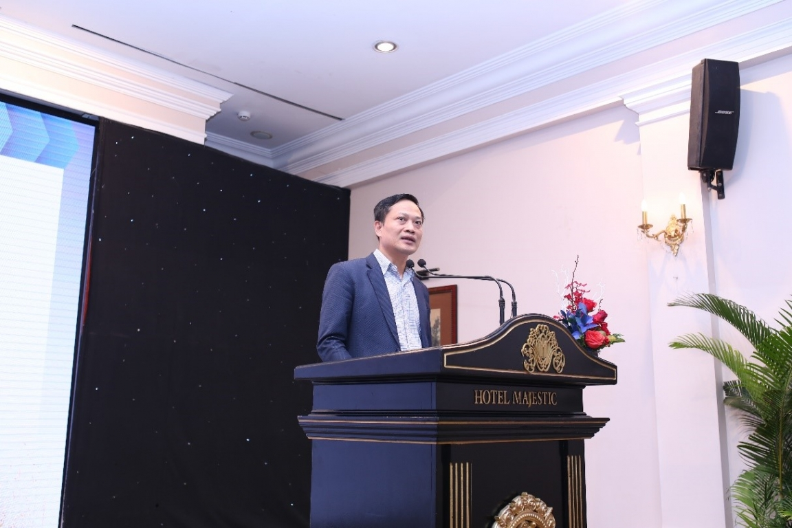 Mr. Mai Duc Thien - Deputy Director General, Department of Legal Affairs, Ministry of Labour, War invalids and Social Affairs gave his speech at the workshop